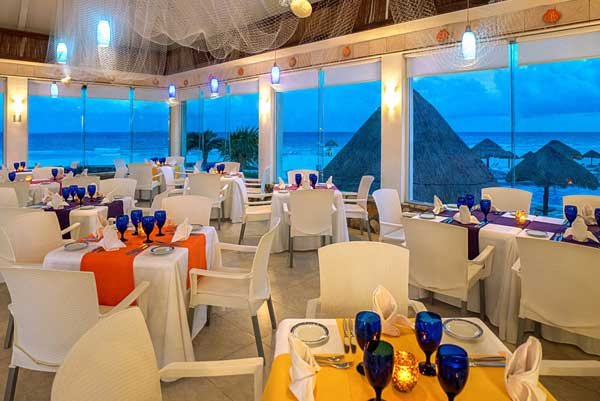 Restaurant - Grand Park Royal Cancún Caribe All Inclusive Resort